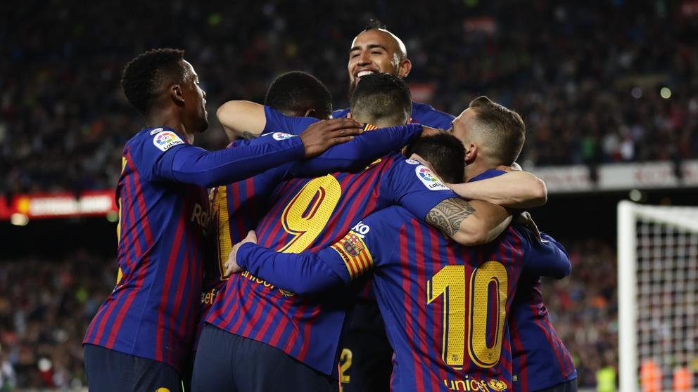 Barcelona wins La Liga title in style with help of Messi