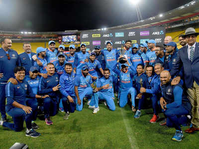 India beat New Zealand by 35 runs, win series 4 -1